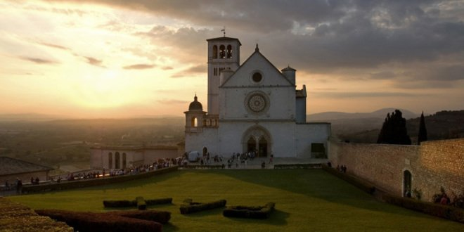 """Assisi 2014: """"Francesco va e ripara la mia casa"""""""