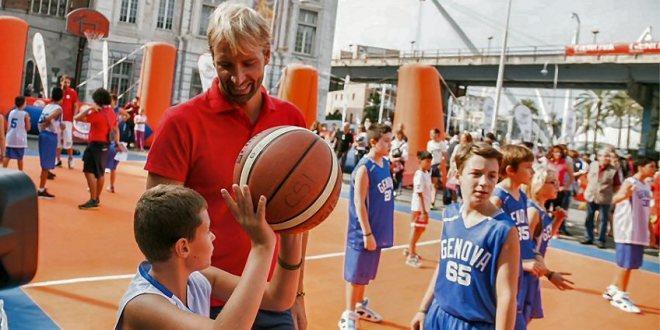 Festa in piazza a Genova con l'Happy Meal Sport Camp