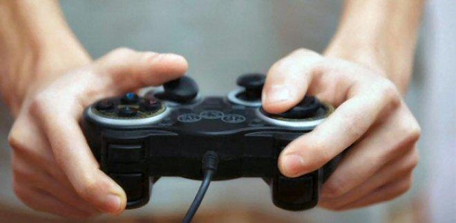 I videogiocatori e l'idea banale-geniale della fabbrica dei contributi