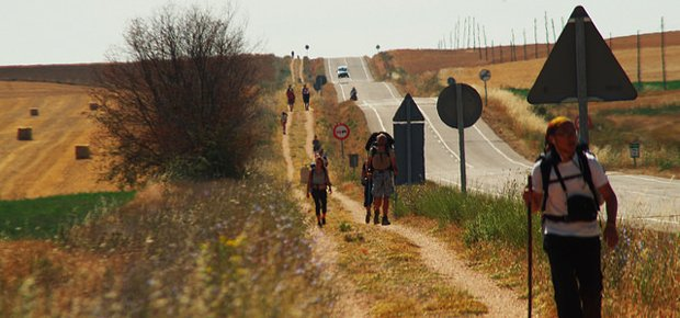 Itinerari a piedi: 5 cammini da percorrere almeno una volta nella vita