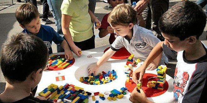 Lego, a scuola con i mattoncini