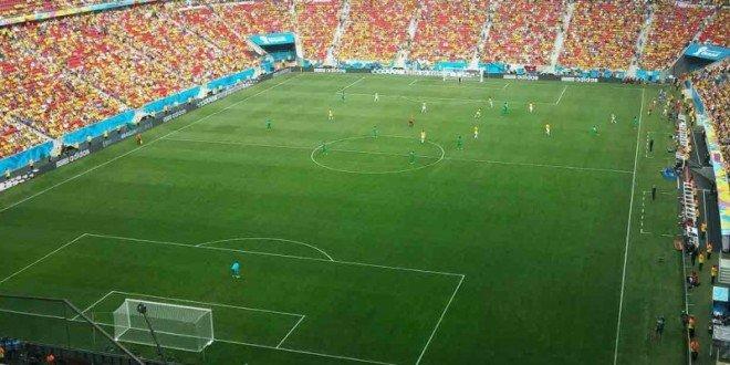"""L'effetto """"partita in casa"""" esiste per davvero: così i tifosi possono influenzare l'arbitro"""